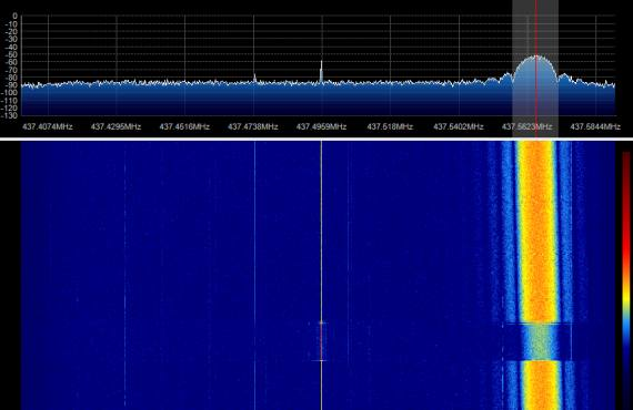 STRaND-1 SDR 04-08-2013 18:03UTC-02